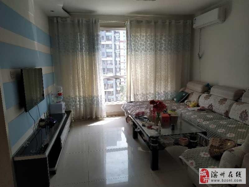 麒麟阁新六中电梯房精装两室婚房过渡房有证可贷款