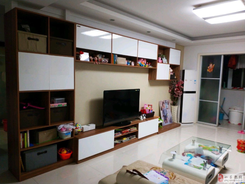 尚诚中介:名居花苑精装二室111平105万有大附房