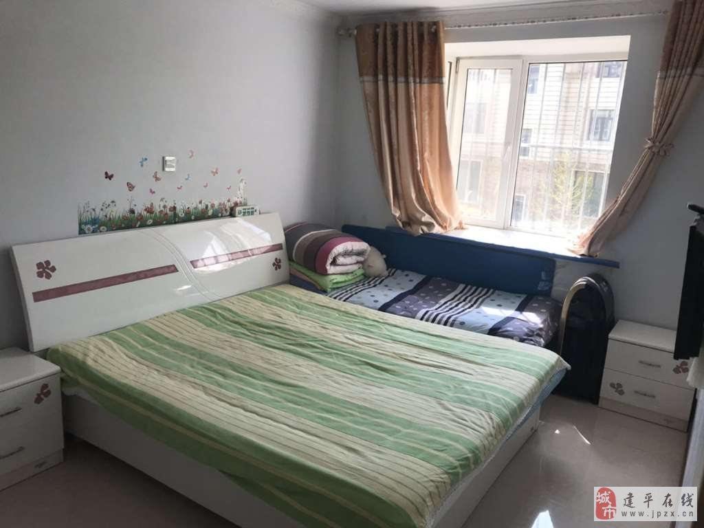 出售万寿新村2室1厅1卫35万元