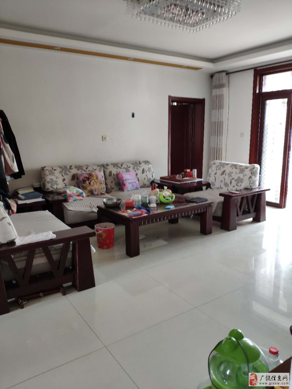 渤海御苑158.57平9楼精装修带车位储藏室