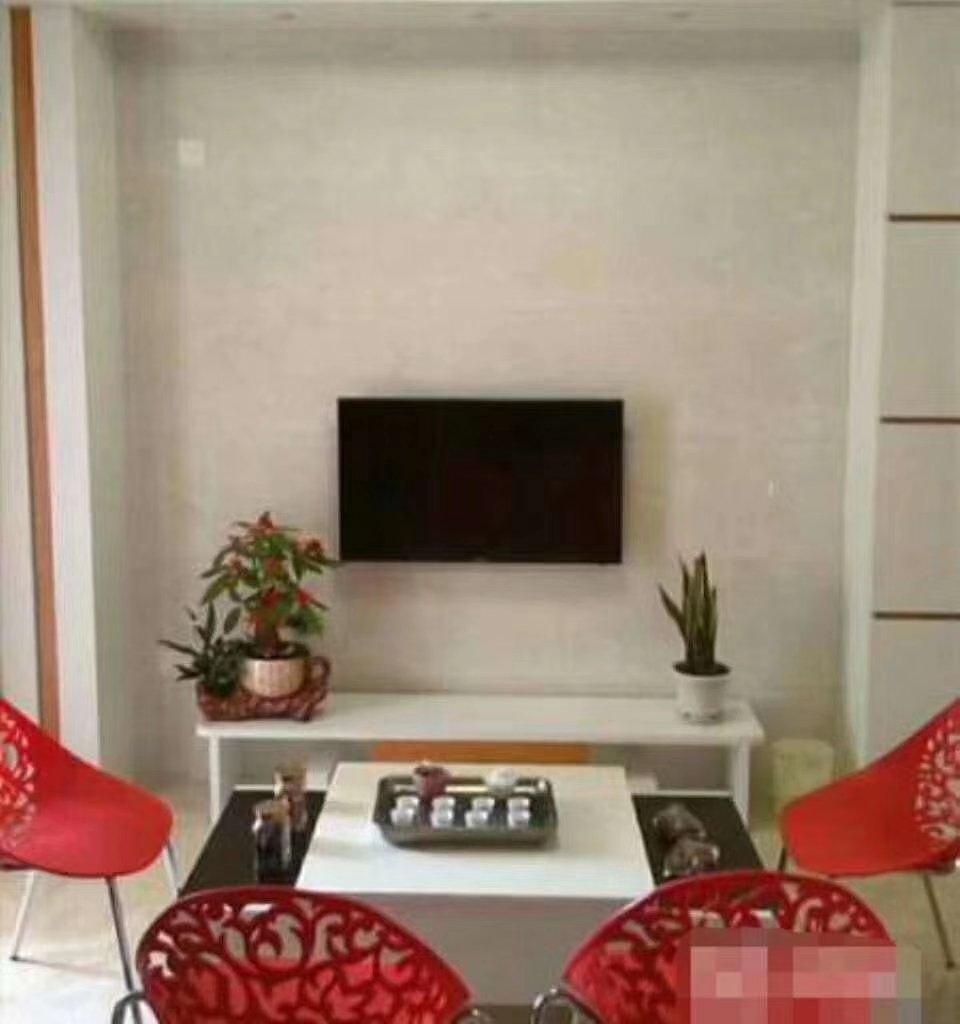 水晶城单身公寓出售33平售价36万精装修