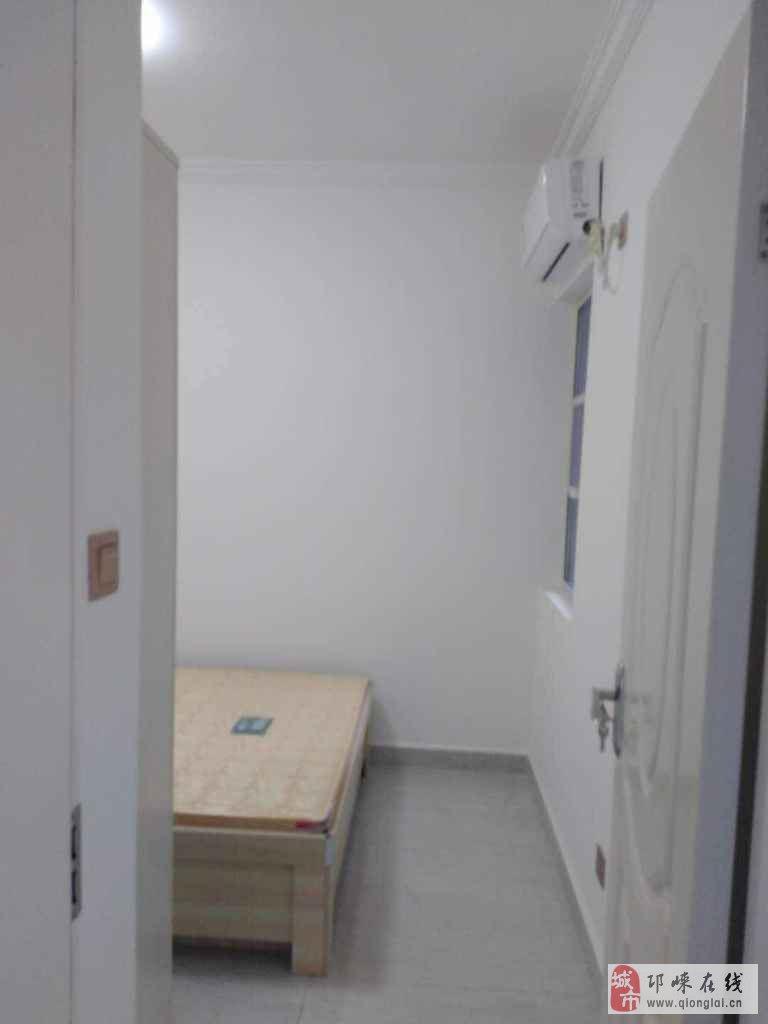 御府2室2厅1卫70万元