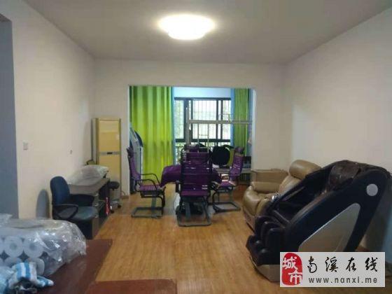 天际上城3室2厅2卫62.8万元