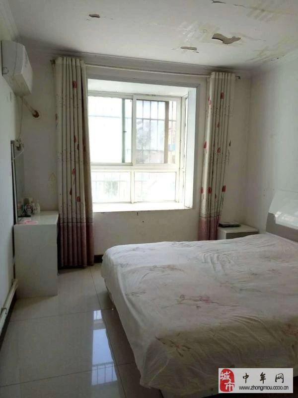 祥瑞花园阳光大两室急售2室2厅2卫75万元
