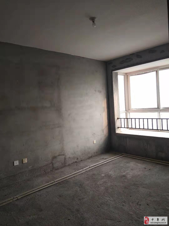 滨河小区103平急售2室2厅1卫80万元