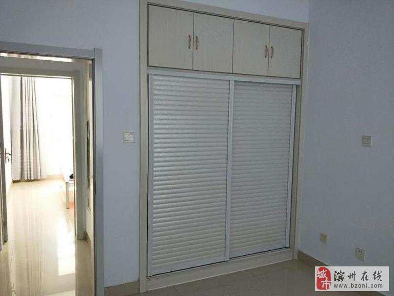 馨露鑫苑3室2厅1卫107万元
