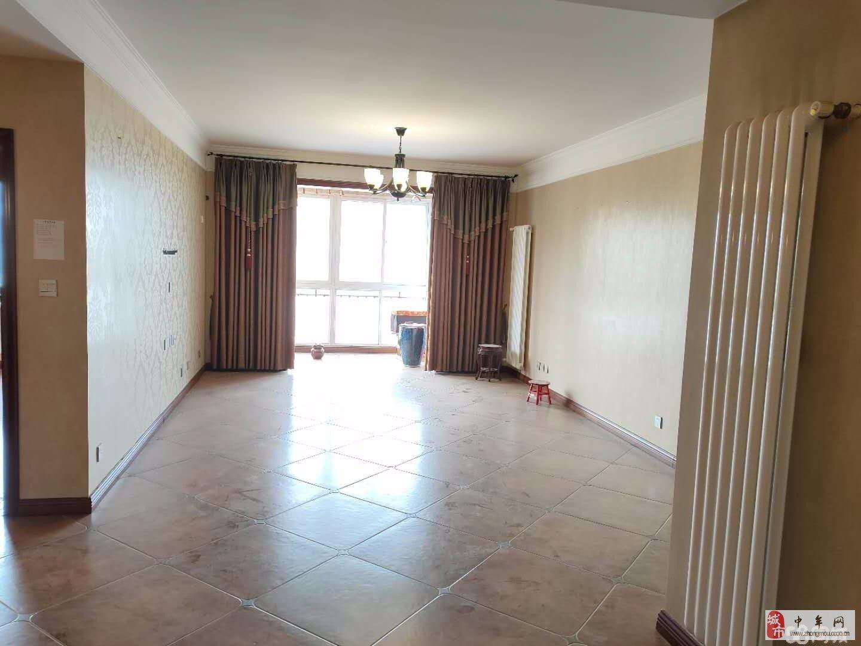 东方润景,精装三室唯一住房按揭价位能少有暖气