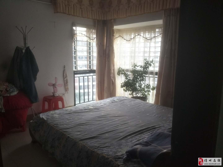 海南儋州城市明珠3室2厅2卫65万元
