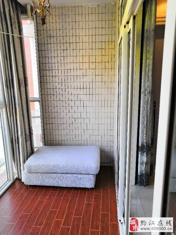 阳光花园3室2厅2卫只要50万元