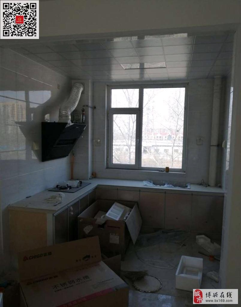 4309翡翠城3室2厅1卫99万元