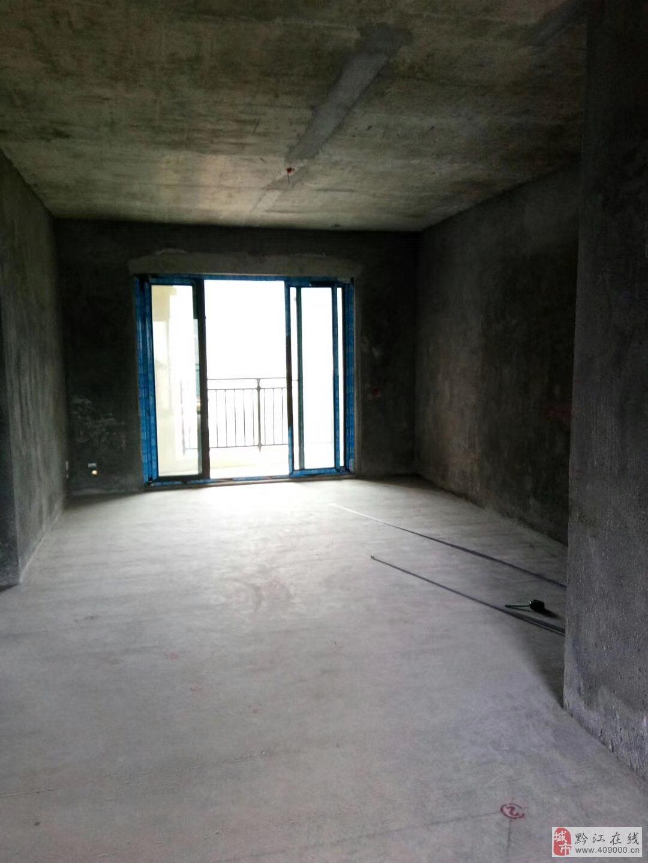 檀香山超值清水三室112平米喊价54.8万急售