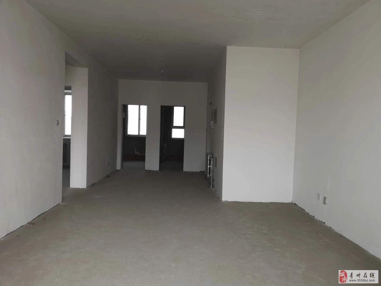 青云紫府电梯5楼毛坯两室105平带车库73万可