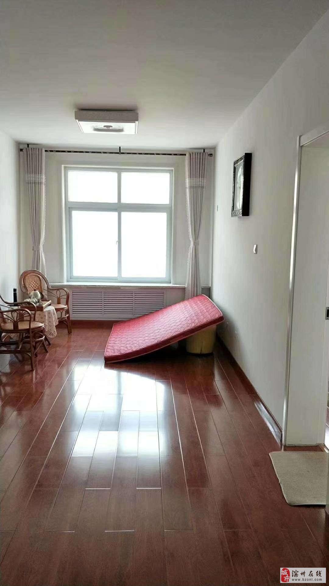 印象江南三四楼复式精装4室3厅2卫带车库储藏