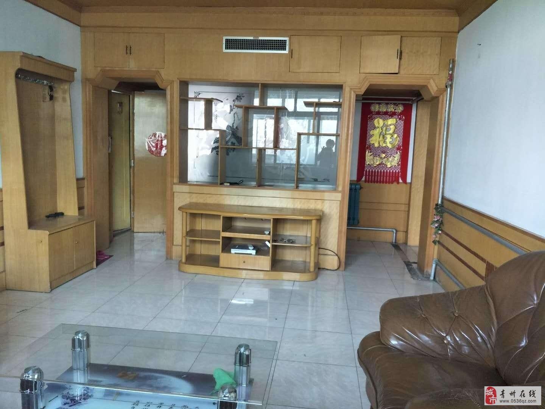 南阳河小区3楼107平方带储藏室2室精装有证可贷款