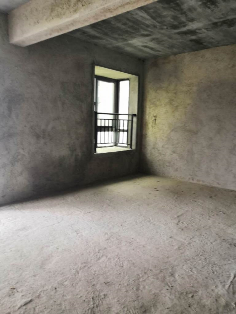 龙湖春天3室2厅2卫125万元