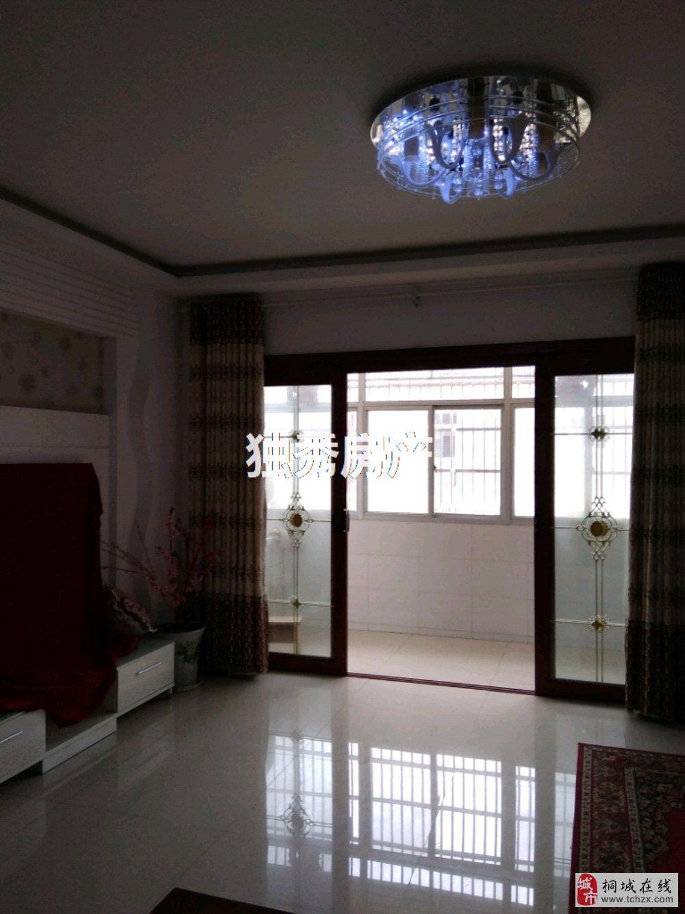 钱庄小区,精装3室2厅,视野开阔,环境优美诚意售