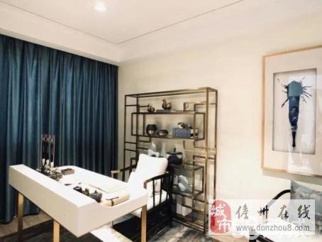 儋州市壹号公馆4室2厅2卫.豪华装修.102万元