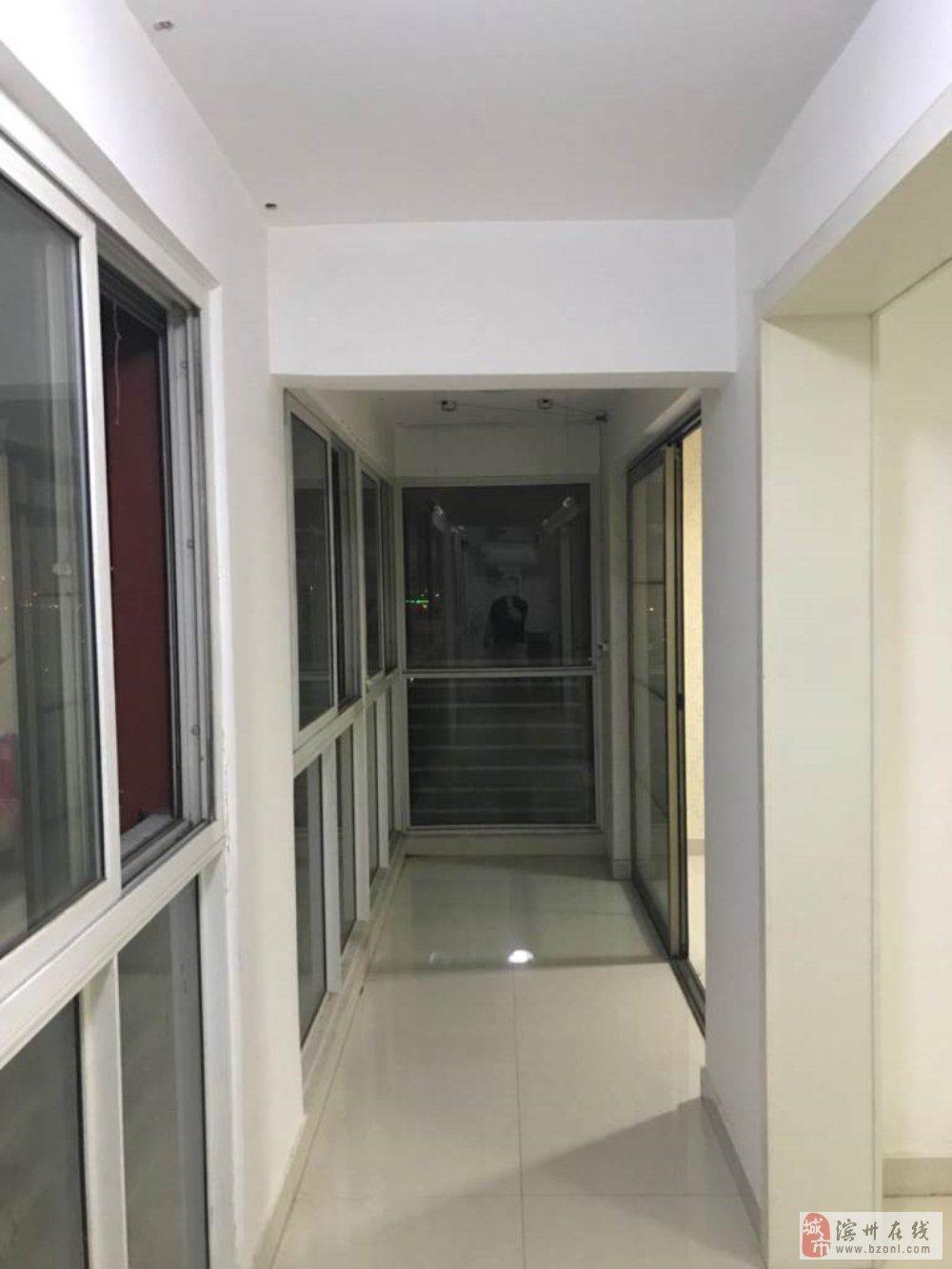 麒麟阁2室1厅1卫95万元