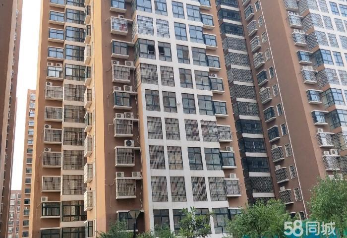 樱之新城一手证两室好楼层售价:37万元(4431元/㎡);房贷:首付约11万月供约(1380元);