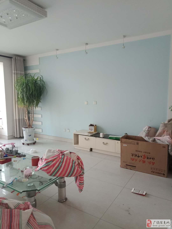 凯泽名苑5楼+6楼,精装修带车库!可以贷款,兴安上
