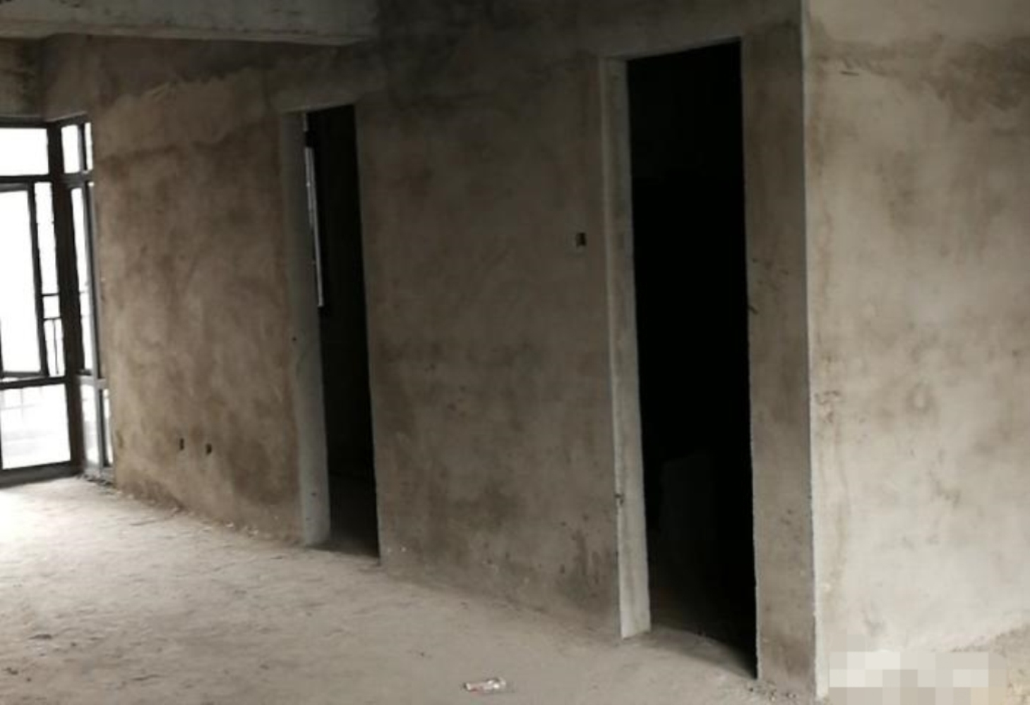 茶博匯電梯房99.8平方售價59.8萬