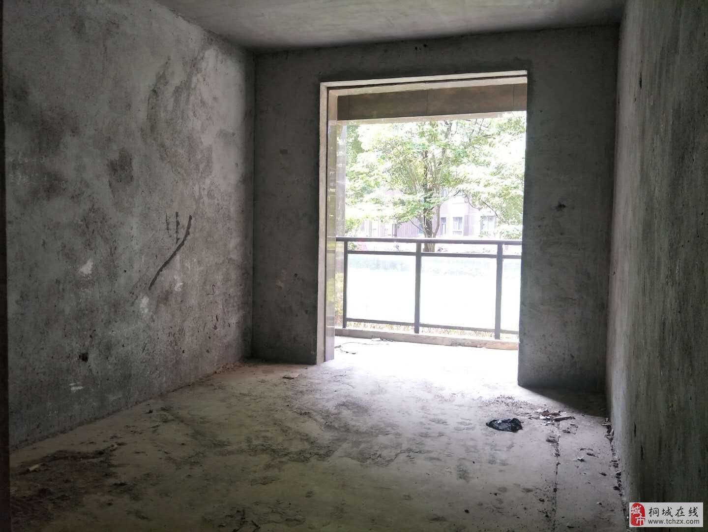 实验中学对面,金瑞名城3室,一手现房!