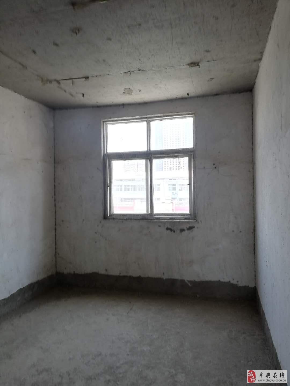 永乐大市场东面2室2厅1卫电梯房