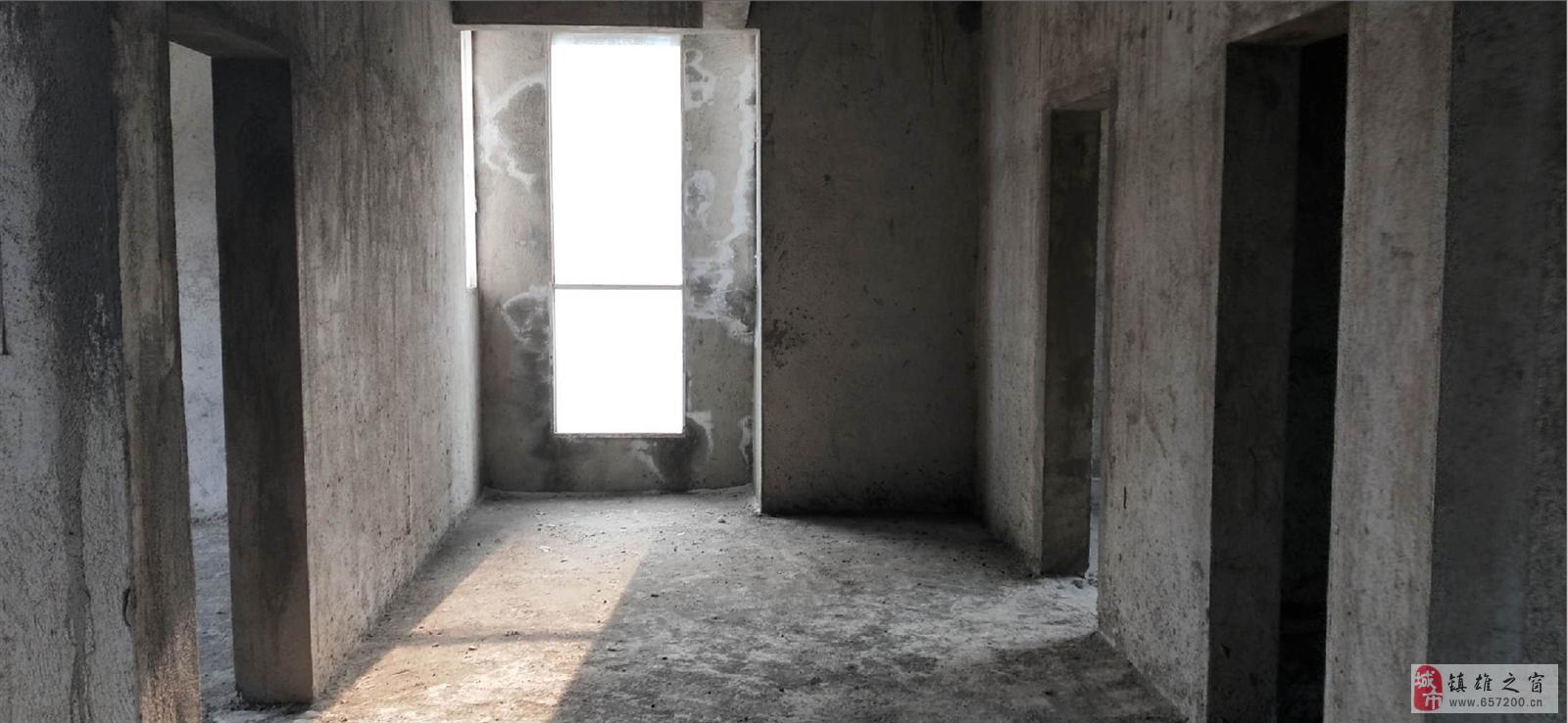 城南天骄毛坯稀缺户型采光极好赠送10平米天台