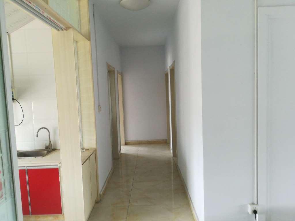 西关小区140平3居室精装修80万
