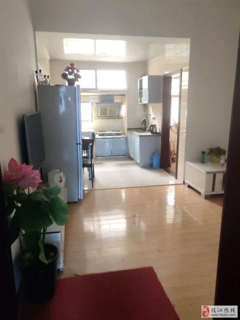 丹阳小学附近中层3室2厅1卫35万元