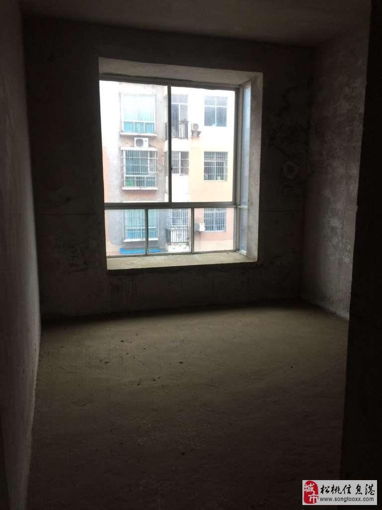 世昌广场3室2厅2卫步梯38.8万元