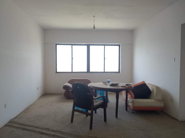 鑫城国际三室两厅工作调动低价出售此房