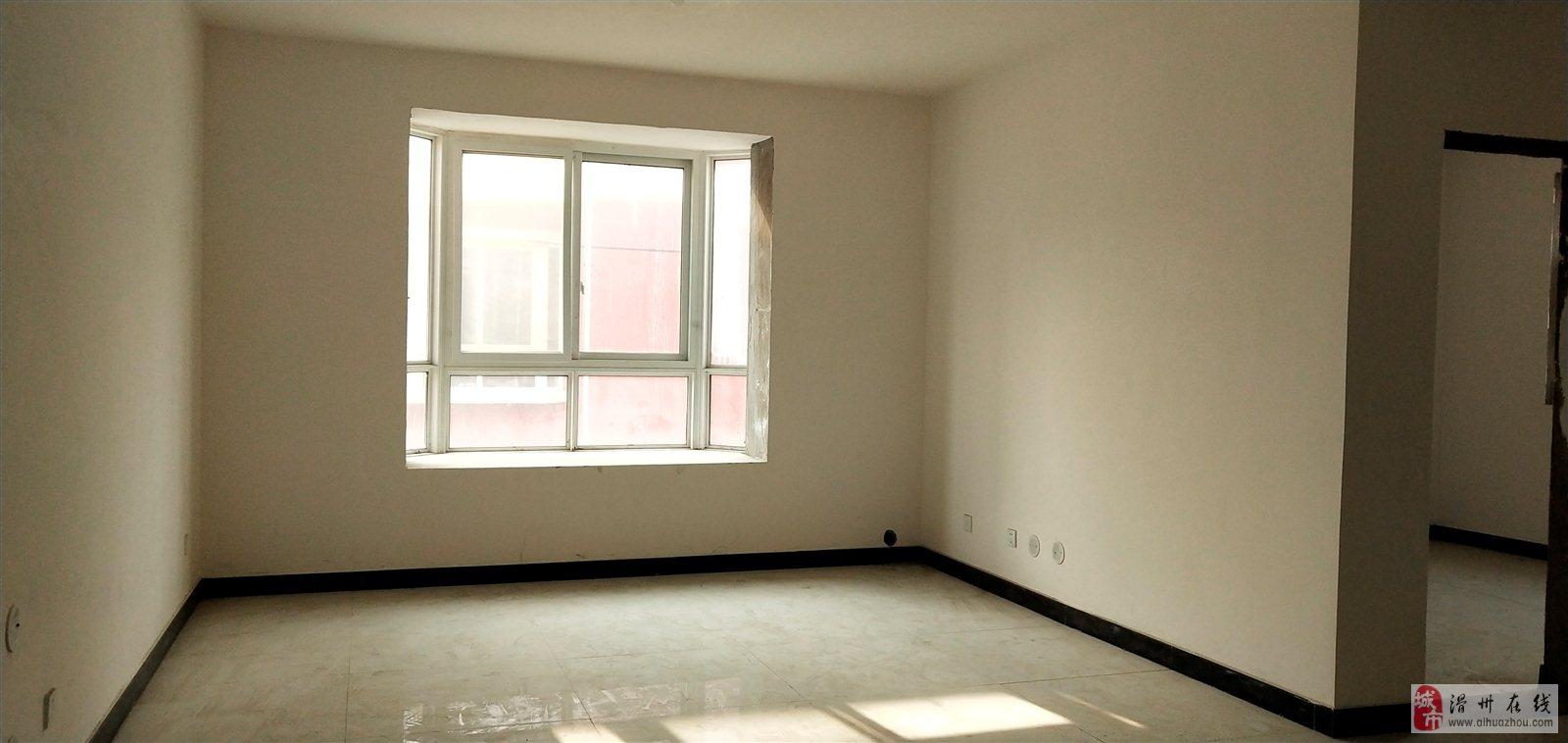 滑县金城国际一手房3室 2厅 2卫53万元