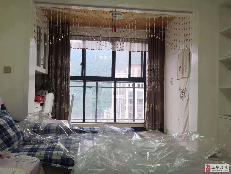 售精装2室2厅1卫52万元