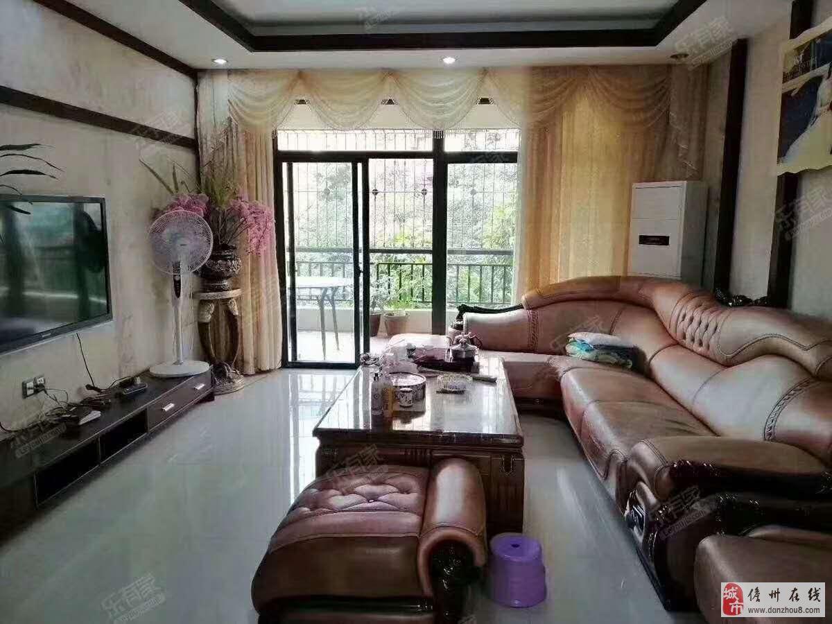 3室2厅2卫+1杂物间85万元满五唯一
