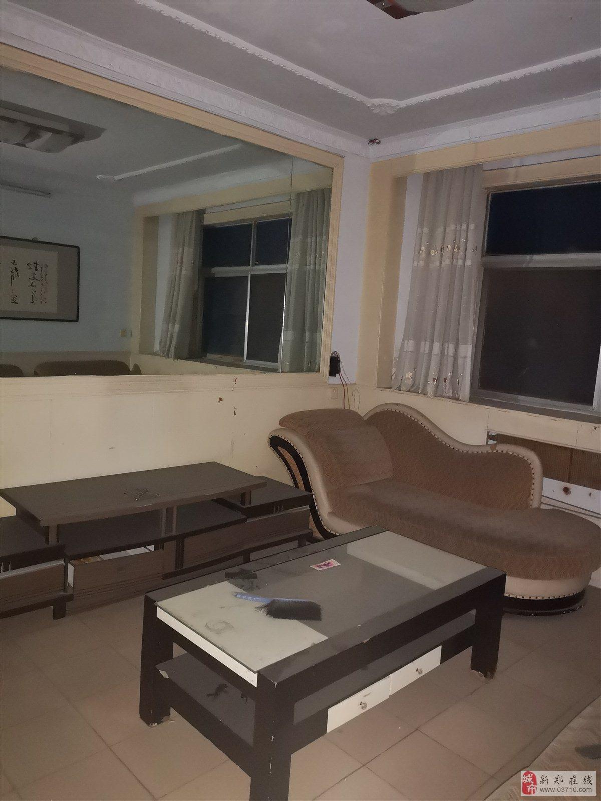 检察院家属院3室2厅1卫45万元