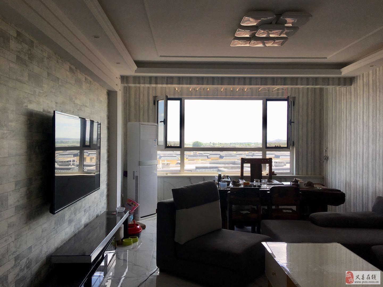 江山帝景8樓95平2室1廳精裝修38萬元