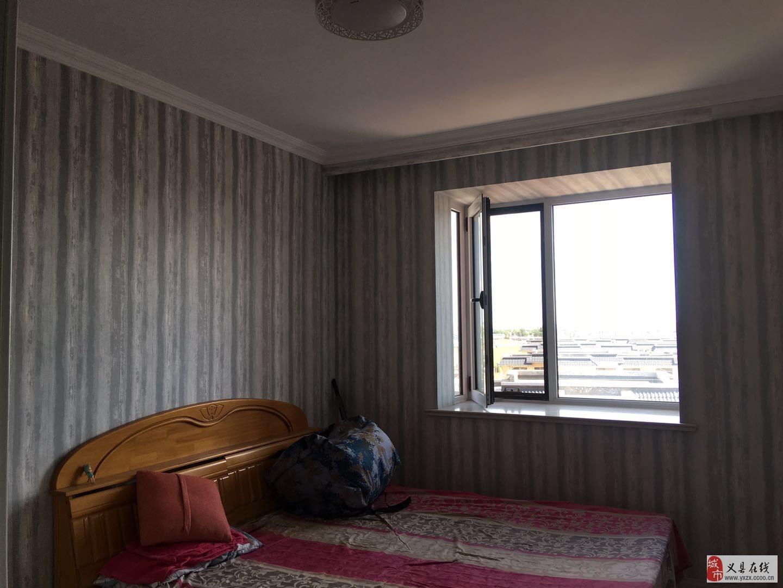 江山帝景電梯8樓2室1廳1衛38萬元