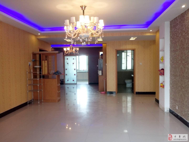 藍爵世家4室2廳2衛120萬元