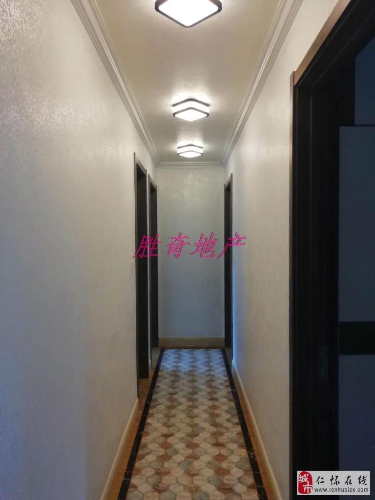温馨四房碧桂园4室2厅2卫119.8万元