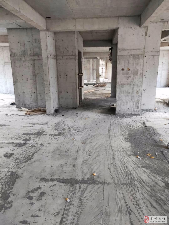 旗城学区清华佳苑6楼155平通透大3居125万包