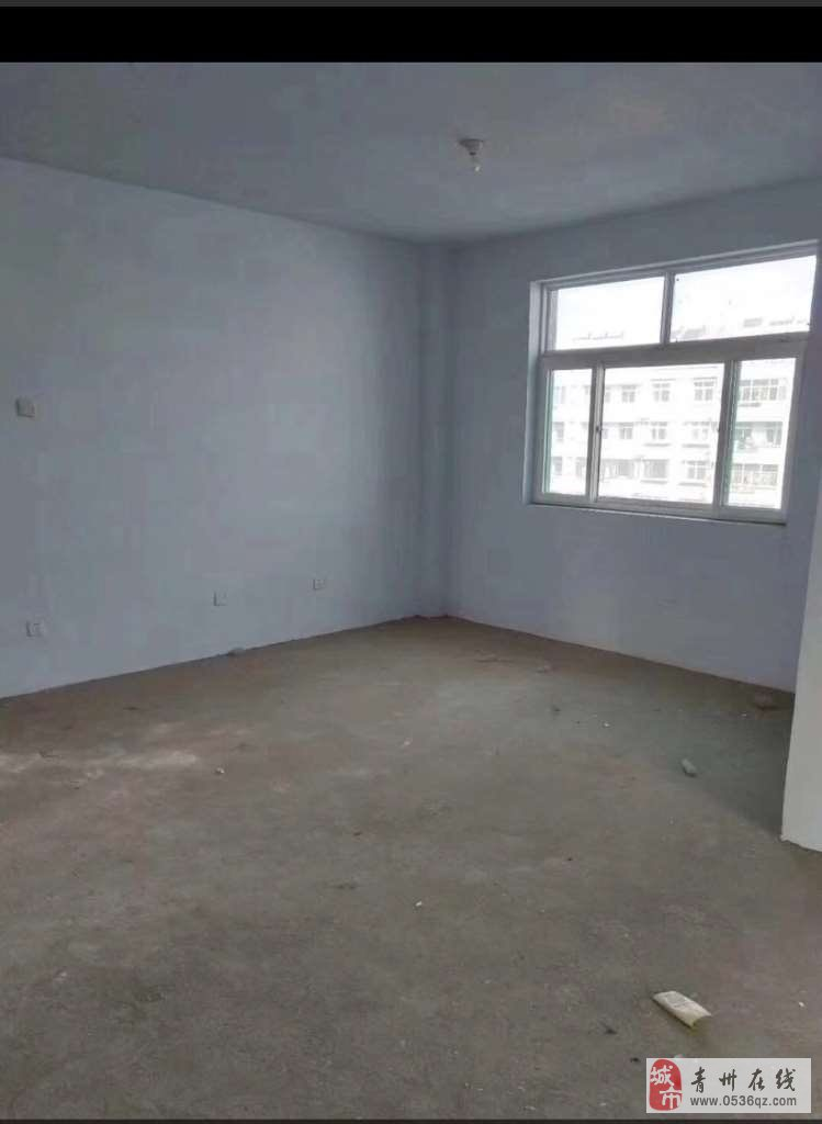 雍和府北区5楼100平方带阁楼带大车库58万