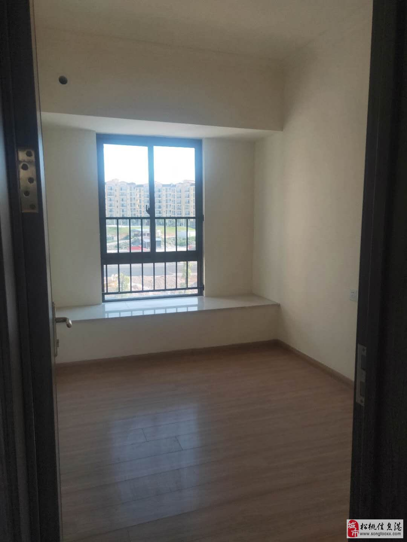 碧桂园3室2厅2卫65.8万元