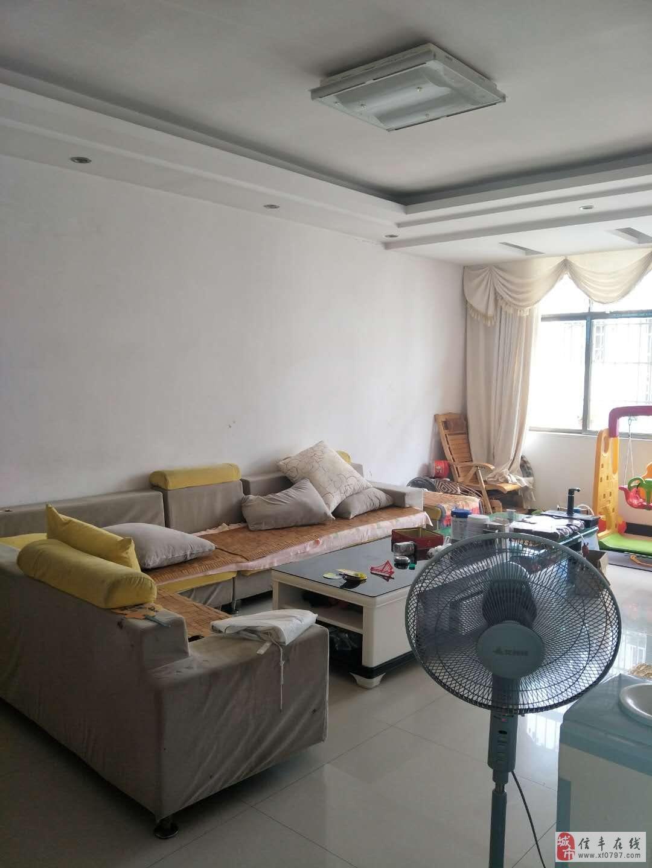 东江乐苑3室2厅2卫带车库76.8万元