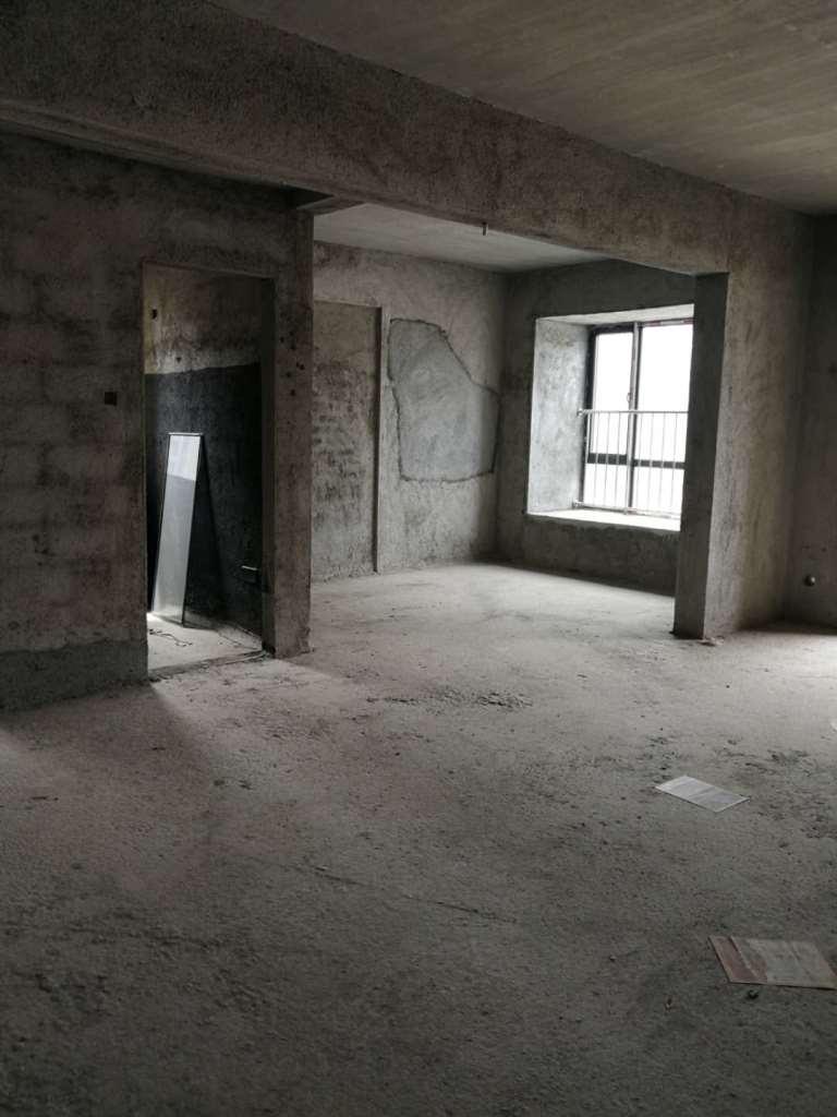 金沙水岸3室2厅2卫67万元