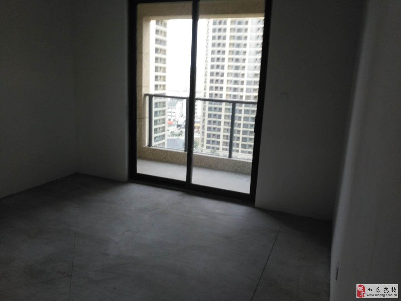 鑫城苑120平方二室二厅毛坯89万,127平95