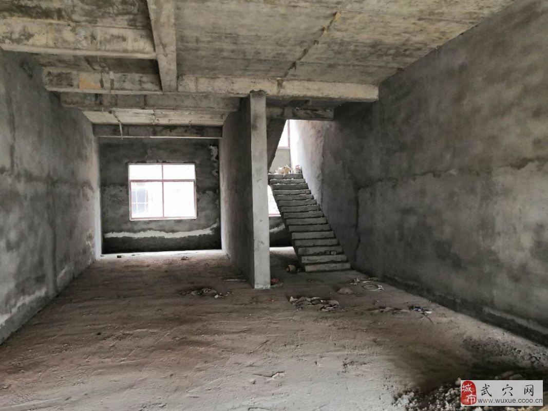 祥龙路刘大型130万元一楼沿街门面