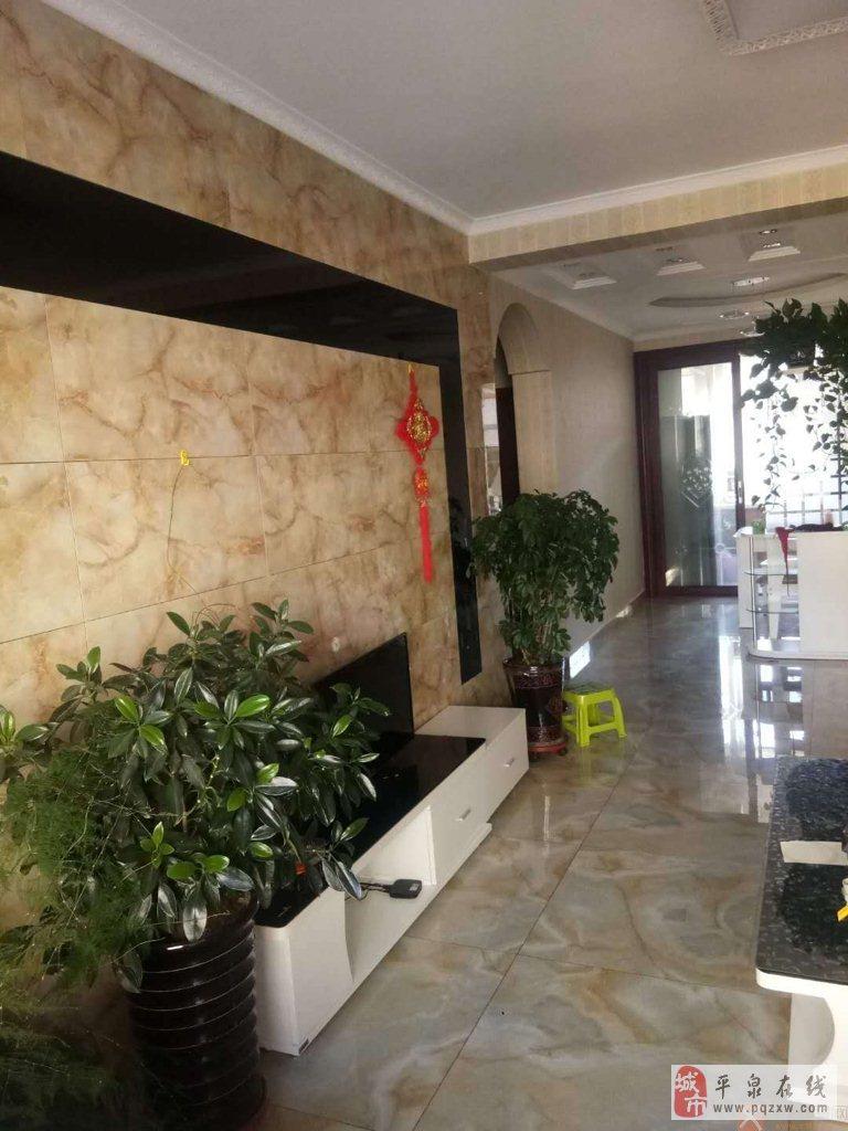 香泉左岸2室2厅1卫73万元