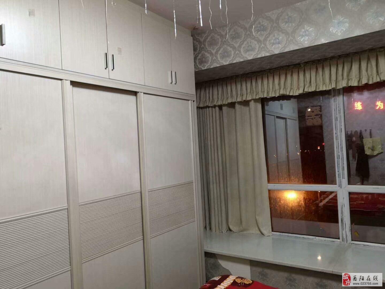 土家八千3室2廳2衛88.6萬元