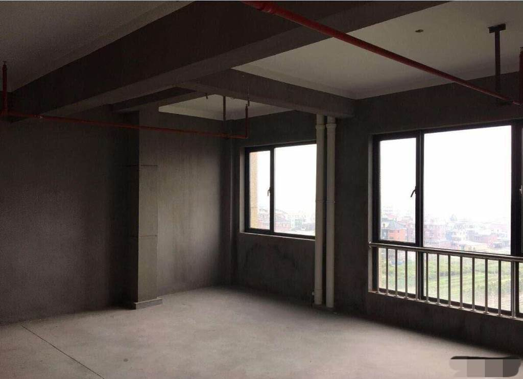 御峰二期4室2厅2卫132万元